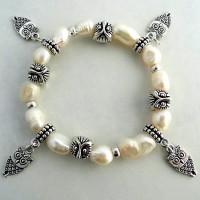 White Natural Freshwater Pearl Owl Charm Bracelet